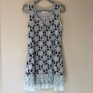 Anthropologie A'vere Boho Dress Size Large Gray